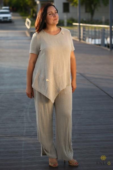 Kreminis krepinio lino kostiumėlis